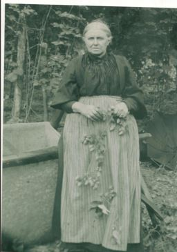 2496-eliza-bates-nee-dartnall-1852-1933