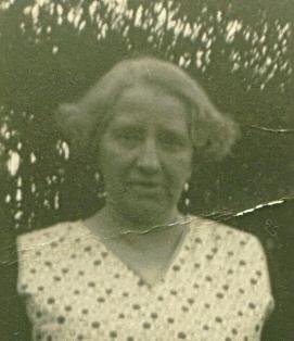2620-emma-laura-brooker-nee-burden-1883-1960