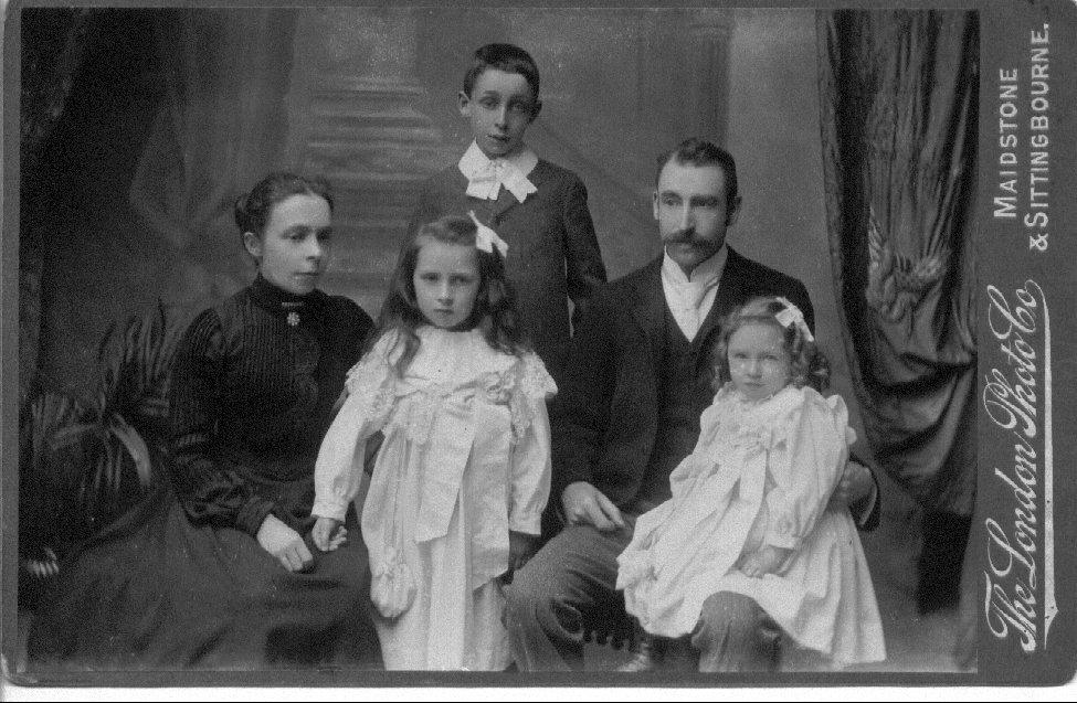 robert-heane-family-c1901